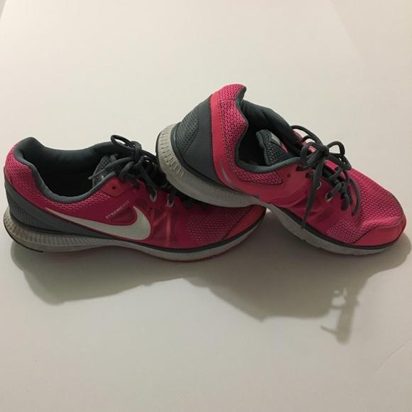 boutique d'expédition pour faux à vendre Nike Chaussures De Course Taille 9-5 Paroles vente bonne vente style de mode où acheter CLpSMBJA